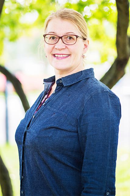 Tiina Vlasoff : Yhteistyökoordinaattori / JAKE-hanke / Lähialueyhteistyö